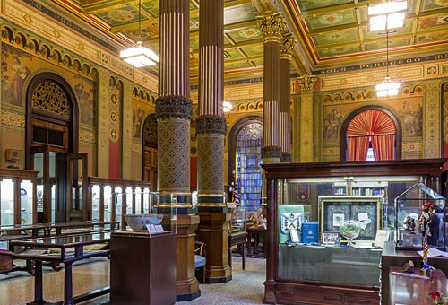Masonic Temple, Library and Museum